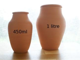pot en terre cuite microporeux pour l'arrosage